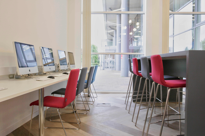 gloucestershire college moduleo luxury vinyl flooring