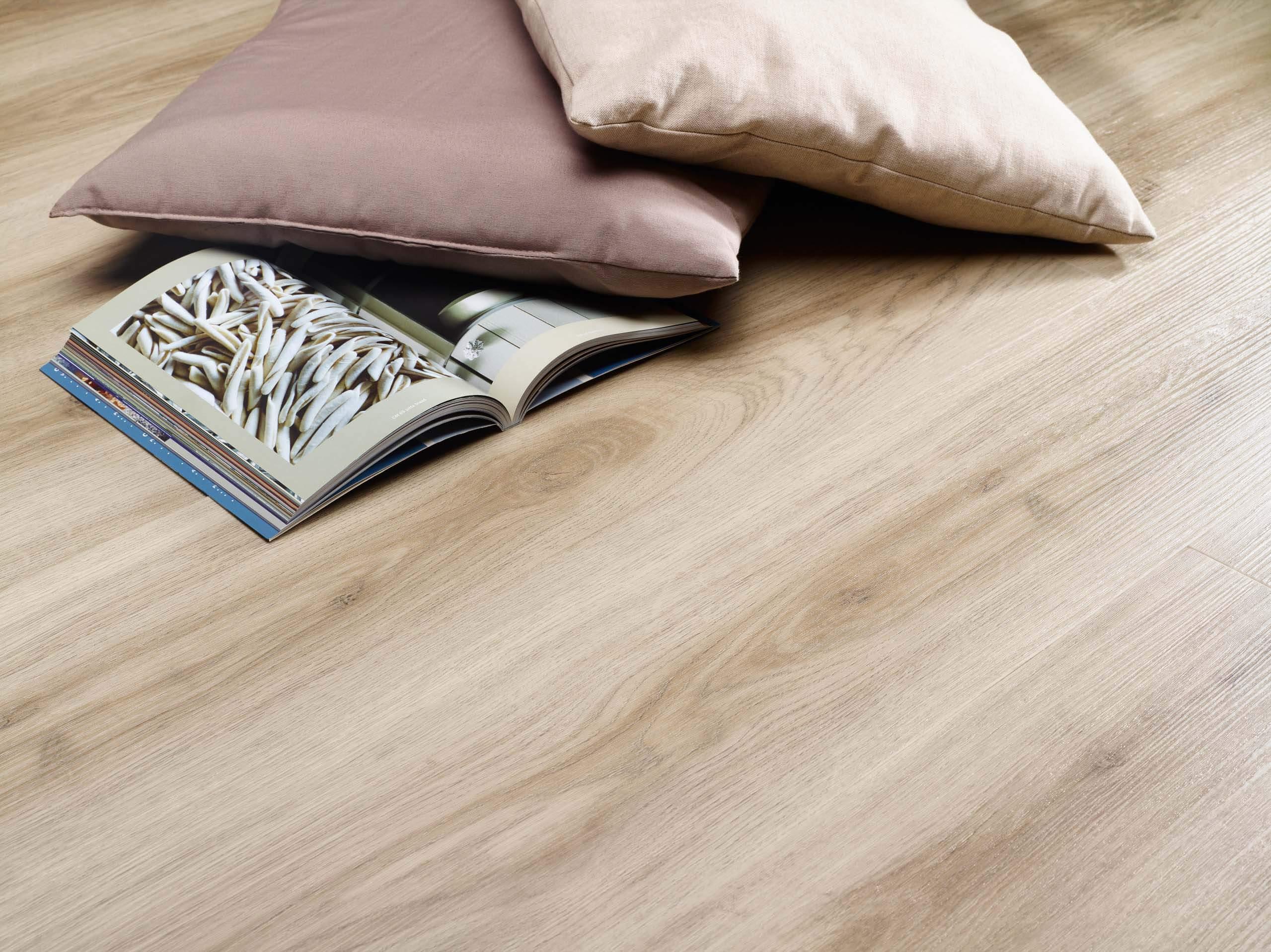 Dining Room Flooring Ideas   Vinyl Flooring For Dining Rooms