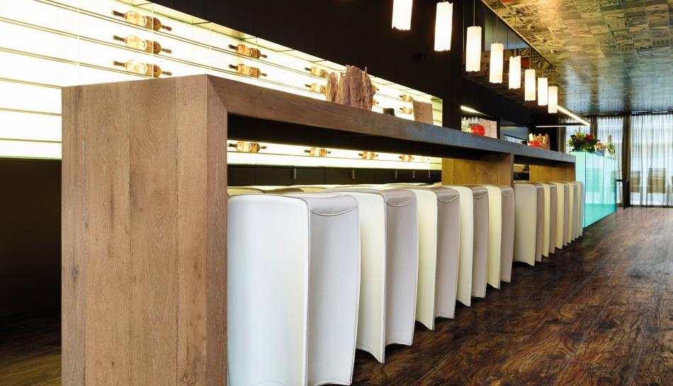 Bar Moduleo Luxury Vinyl Flooring