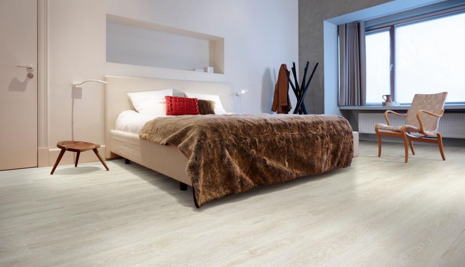 Oak Effect Vinyl Flooring Moduleo