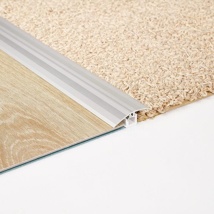 Country Oak 24892 Wood Effect Luxury Vinyl Flooring