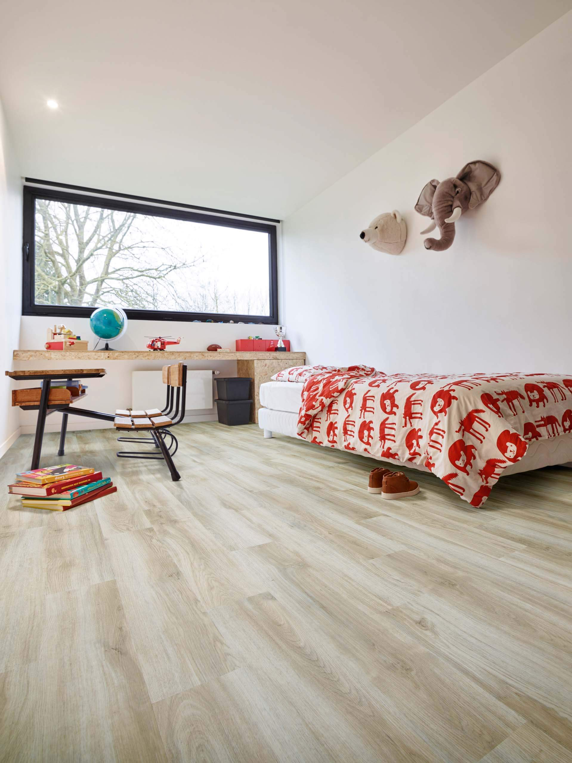 Classic Oak 24228 Wood Effect Luxury Vinyl Flooring